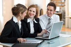 Travail de groupe, contact de discussion