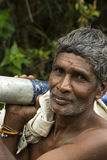 Travail dur de vieil homme asiatique images libres de droits
