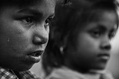 Travailleur d'enfant, enfants de mêmes parents, Inde Image libre de droits