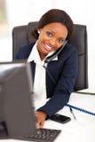 Travailleur d'entreprise africain Photo stock