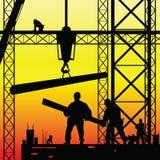 Travailleur de la construction au travail et au vecteur de crépuscule Photographie stock libre de droits