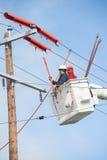 Travailleur de ligne à haute tension Image stock
