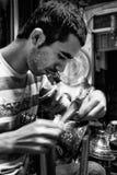 Travailleur en laiton, Istanbul Image stock