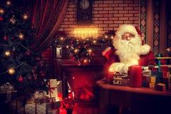 Travailleur Santa Photos libres de droits