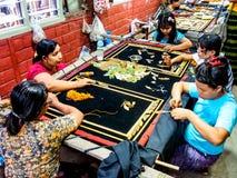 Travailleuses à Mandalay, Myanmar Images libres de droits