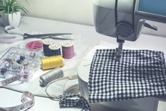 Travaillez l'habillement et les idées diy de concept avec l'outil, équipement Image stock