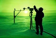 Travando o sol Fotografia de Stock