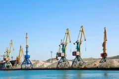 Travaux de construction à la grue de dock Images libres de droits