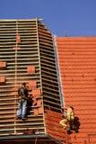 Travaux de construction de toiture image stock