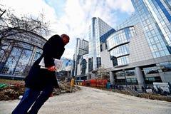 Travaux de construction près des sièges sociaux de Commission européenne Image libre de droits