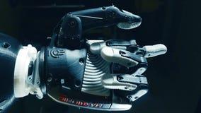 Travaux de main bioniques, concept d'avenir banque de vidéos