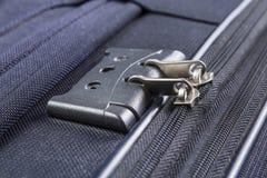 Trave com números no zipper da mala de viagem Fotografia de Stock
