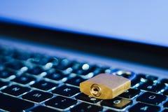 Trave como o símbolo para a privacidade e o regulamento geral da proteção de dados Fotos de Stock Royalty Free
