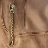 Trave no casaco de cabedal marrom Fotografia de Stock Royalty Free