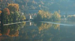 Trave no lote France do rio Imagens de Stock Royalty Free