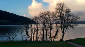 Trave o castelo do urquhart do Ness Fotografia de Stock