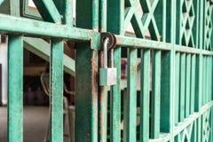 Trave o quadro de porta verde Imagem de Stock