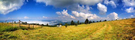 Travel on Bosnian mountaine Royalty Free Stock Photos