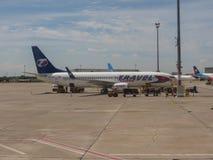Travel Service Boeing 737-81D parkujący w Bratislava zdjęcia royalty free