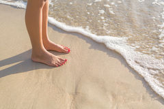 Travel woman foot on beach Royalty Free Stock Photos