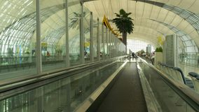 Travelator在曼谷机场终端  影视素材