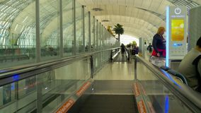 Travelator在曼谷机场终端  股票视频
