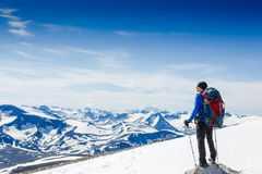 Traveler with backpack and mountain panorama Royalty Free Stock Photos