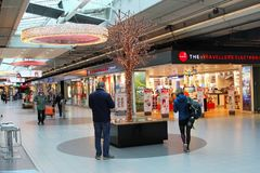 People Schiphol Plaza shopping mall, Schiphol Airport, Netherlands Stock Photos