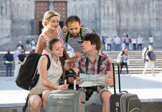 Travelers are sightseeing city with map and camera Stock Photography