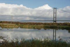 Traversée de la rivière de Kingston Upon Hull de pont de Humber Photographie stock