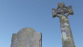 Traversa celtica e un cielo blu Fotografia Stock