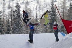 Traversa dello Snowboard Fotografie Stock Libere da Diritti