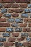 Traversa strutturata sul vecchio muro di mattoni Immagini Stock