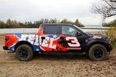 Traversez à gué F150 Raptor - camion de collecte - vue de côté Photos libres de droits