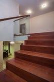 Travertin Haus die Treppen stockbilder