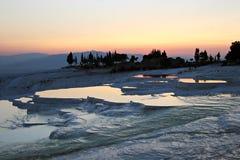 Travertini procedenti in sequenza di Pamukkale Hierapolis Immagini Stock Libere da Diritti