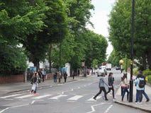 Travesía de Abbey Road en Londres Fotos de archivo libres de regalías