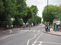 Travesía de Abbey Road en Londres Imagenes de archivo