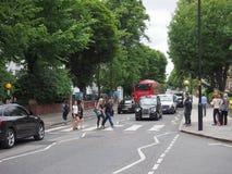 Travesía de Abbey Road en Londres Fotografía de archivo libre de regalías