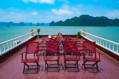 Travesía de la bahía de Halong Imagenes de archivo