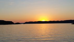 Travesía de la puesta del sol Foto de archivo libre de regalías