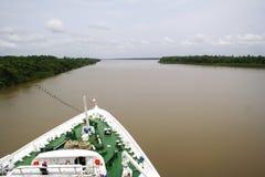 Travesía del Amazonas fotografía de archivo libre de regalías