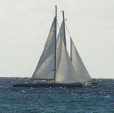 Travesía en tándem de los veleros en el Caribe Imagen de archivo