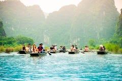 Travesías del lago en verano Imagen de archivo libre de regalías