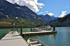 Travesías del lago st Mary Fotos de archivo libres de regalías