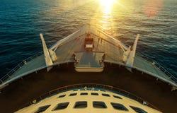 Travesía del océano del barco de cruceros Foto de archivo libre de regalías