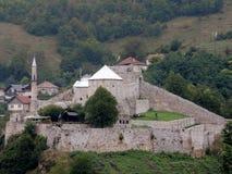 Travnik en sikt av den medeltida befästningen Fotografering för Bildbyråer
