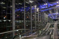 Travolators do aeroporto de Banguecoque fotos de stock