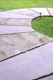 Trawa i cement półcyrkłowi Zdjęcia Royalty Free