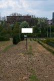 Trawy pola pustego miejsca znaka szablonu ścinku Lasowa Biała ścieżka Isola zdjęcie stock